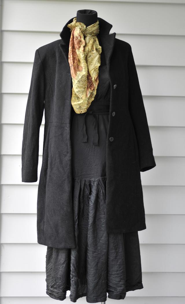 scarf-black-coat-max