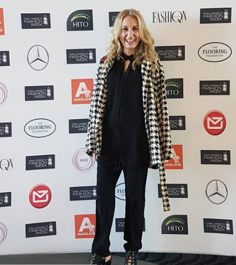 At fashion week today. I'm wearing a houndstooth raw silk jacket I sewed, jumpsuit by moochi, shoes mi piaci. Photo by the lovely Caitlin Mitchell of Apparel. Hair do by Fudge Dry Style Bar.