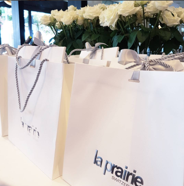 White roses and goody bags at the amazing La Prairie event at Soul Bar.