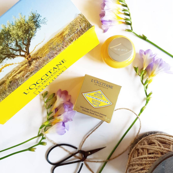 Divine, indeed! New from L'Occitane en Provence comes Divine Cream, a luxurious, nourishing and antiageing face cream made from powerful natural botanicals and organic Immortelle flowers, known as the everlasting flowers, which never fade, even once picked.