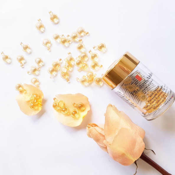 The new Advanced Ceramide Capsules Daily Youth Restoring Serum for the eyes, from Elizabeth Arden