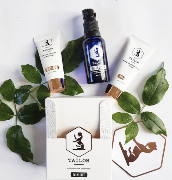 Tailor Skincare Mini Kit has a 3-step skin routine in a cute box perfect for travel or trying out this New Zealand-made, cruelty-free and natural skincare range from Wellington. Available from @tailorskincare
