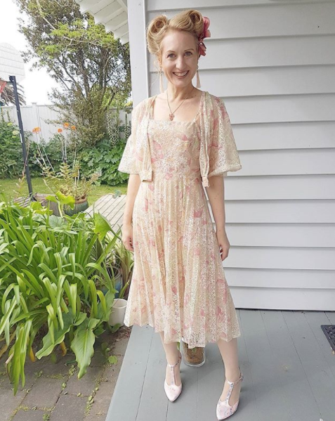 Off to Kelly's vintage party. Shoes Mi Piaci. Dress is original vintage, owned by Kelly's Great Aunt Iris, and kindly given to me.