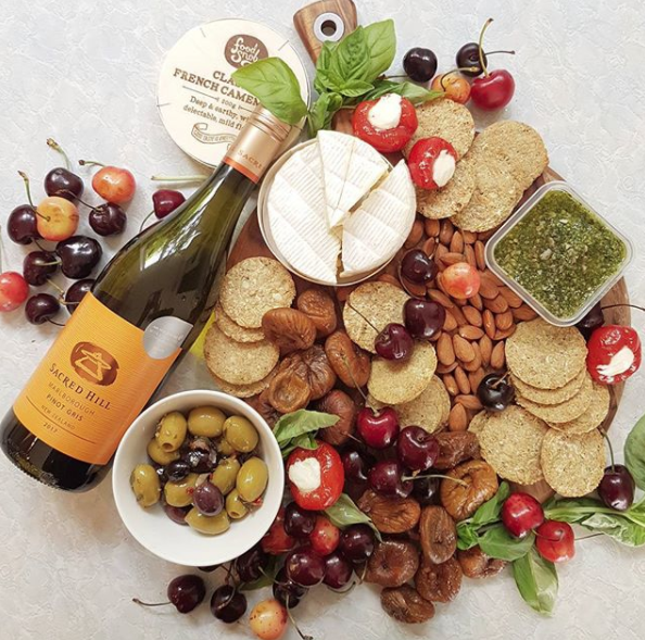 I'm on platters for Christmas day, then! This is actually my first attempt at a platter. I've loved Food Snob olives and stuffed peppers for ages now though! Cheers Sacred Hill Wines for the platter nibbles and Pinot Gris. Looks like it's happy hour at Threadquarters!