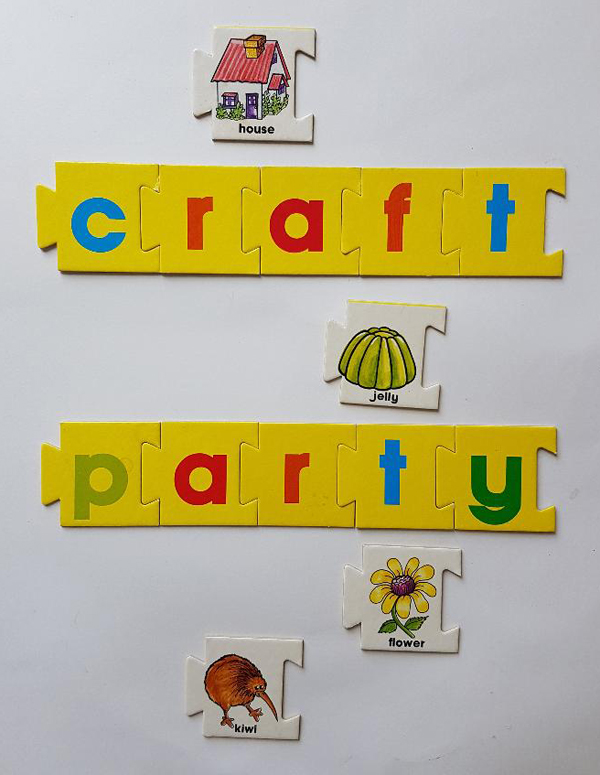 jigsaw craft party